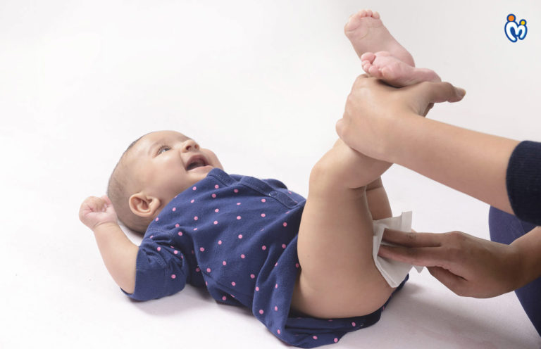 How to Avoid Diaper Rashes & Dispose Of Diaper Properly